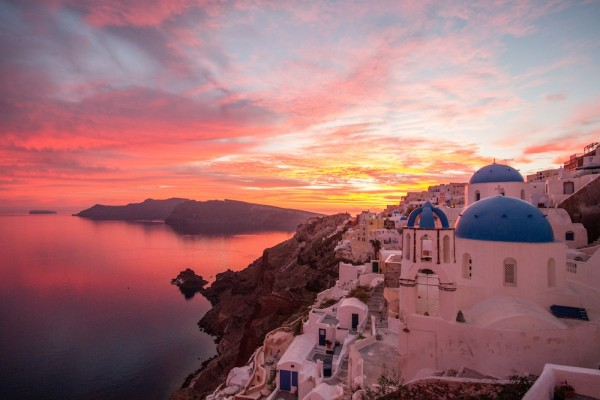 sunset at santorini Full-day caldera cruise: volcano island, hot springs, and sunset at oia, santorini: see 180 reviews, articles, and 213 photos of full-day caldera cruise: volcano island, hot springs, and sunset at oia, ranked no40 on tripadvisor among 88 attractions in santorini.