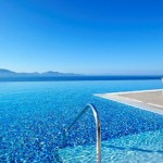The top 5 infinity pools of the Greek Islands