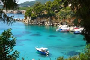 beach-votsi-in-alonissos-at-day-light