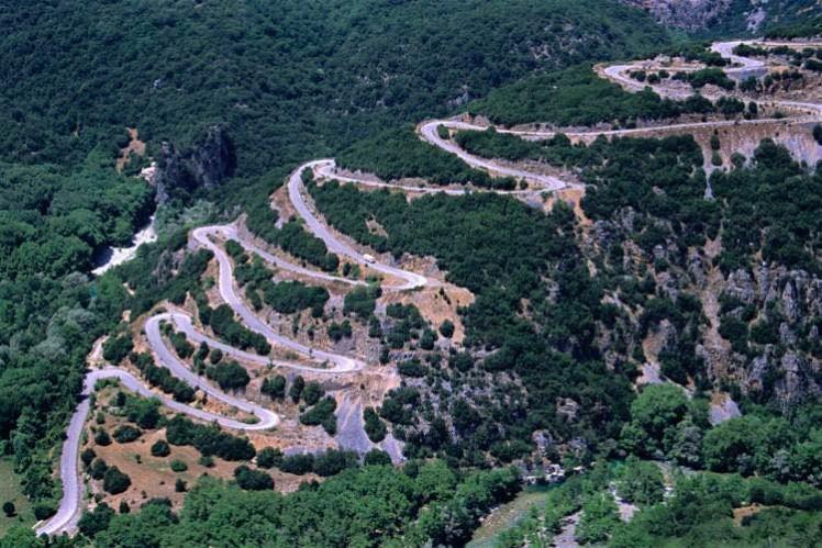 Pindos-Mountains-northern-Greece_cs