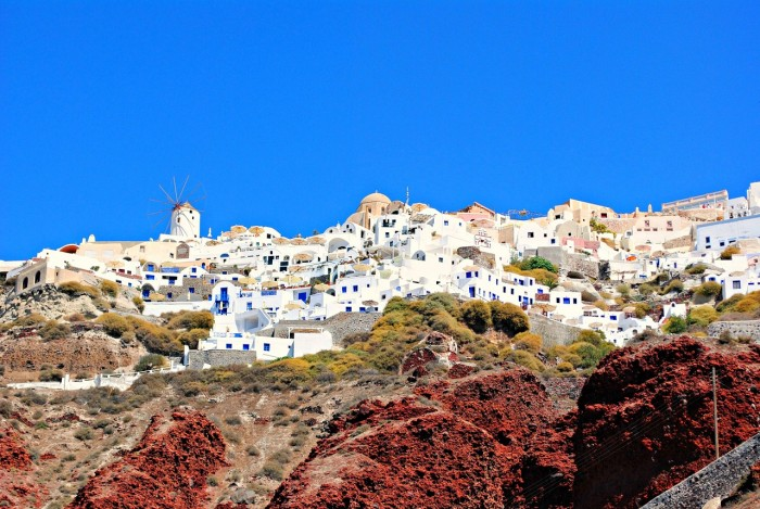 things to do in santorini hiking