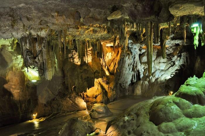crete dikteon cave
