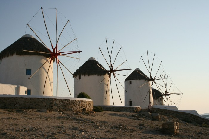 things to do in mykonos windmills