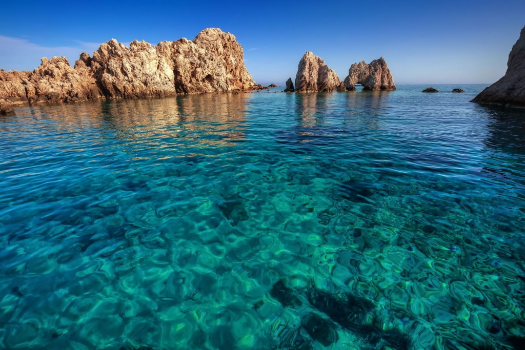 Little-islet-transparent-waters