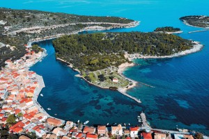 Paxos-Antipaxos-something-to-fall-in-love