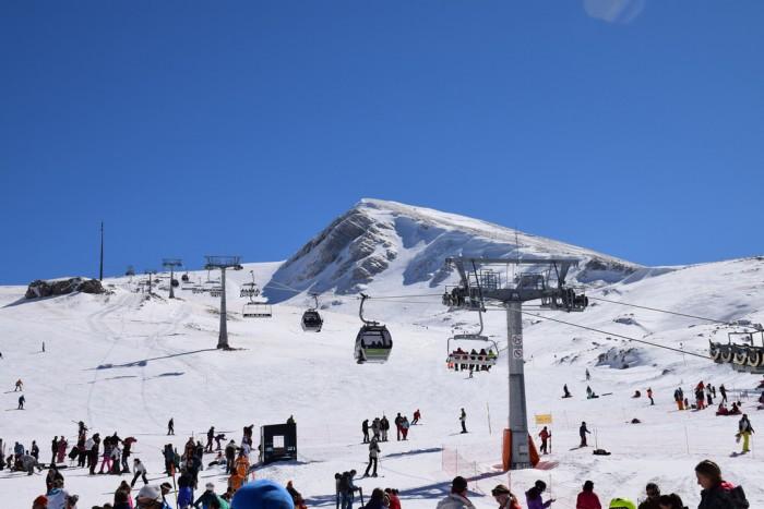 ski centers in greece