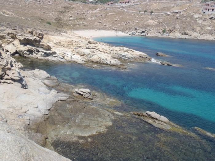 tsagari beach