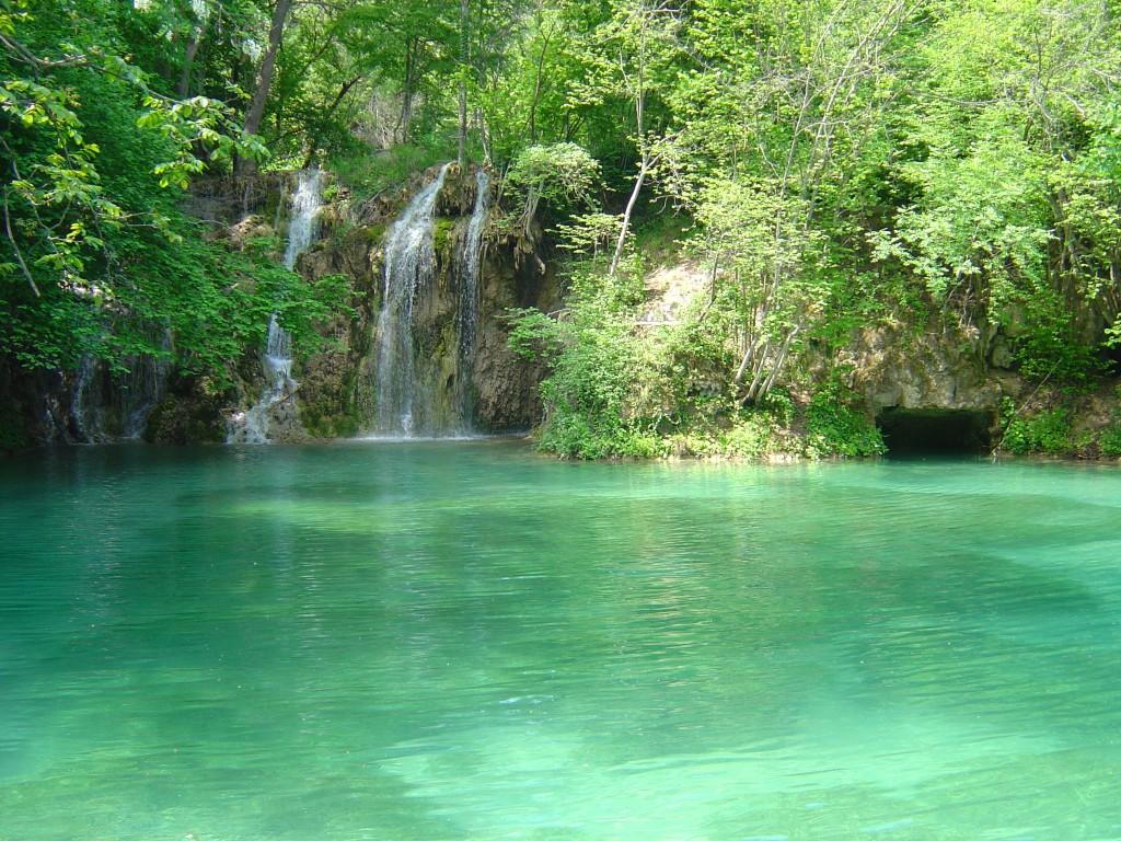 waterfalls in greece