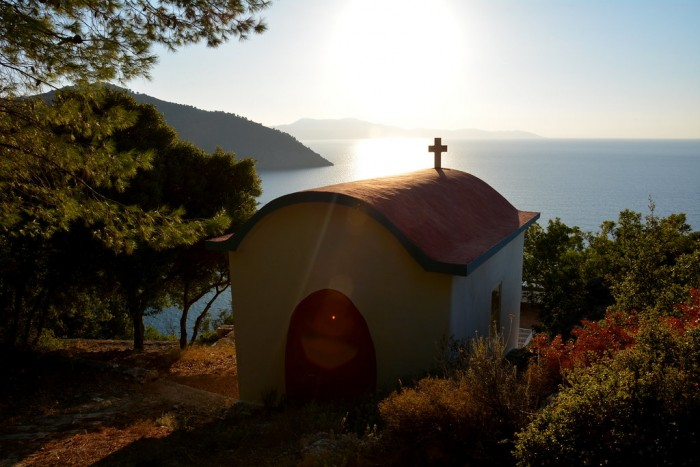 alonnisos churches
