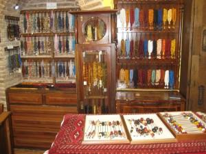 komboloi museum interior